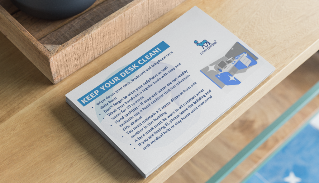 mockup-of-a-pile-of-horizontal-flyers-on-a-wooden-table-21854